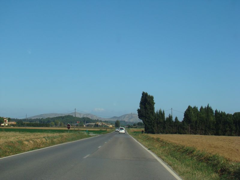Road to Peratallada