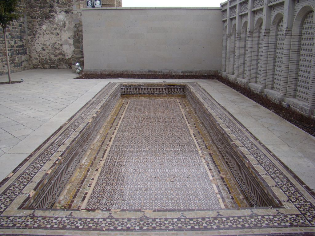 Outdoor pool (decorative) at Rabati Fortress complex