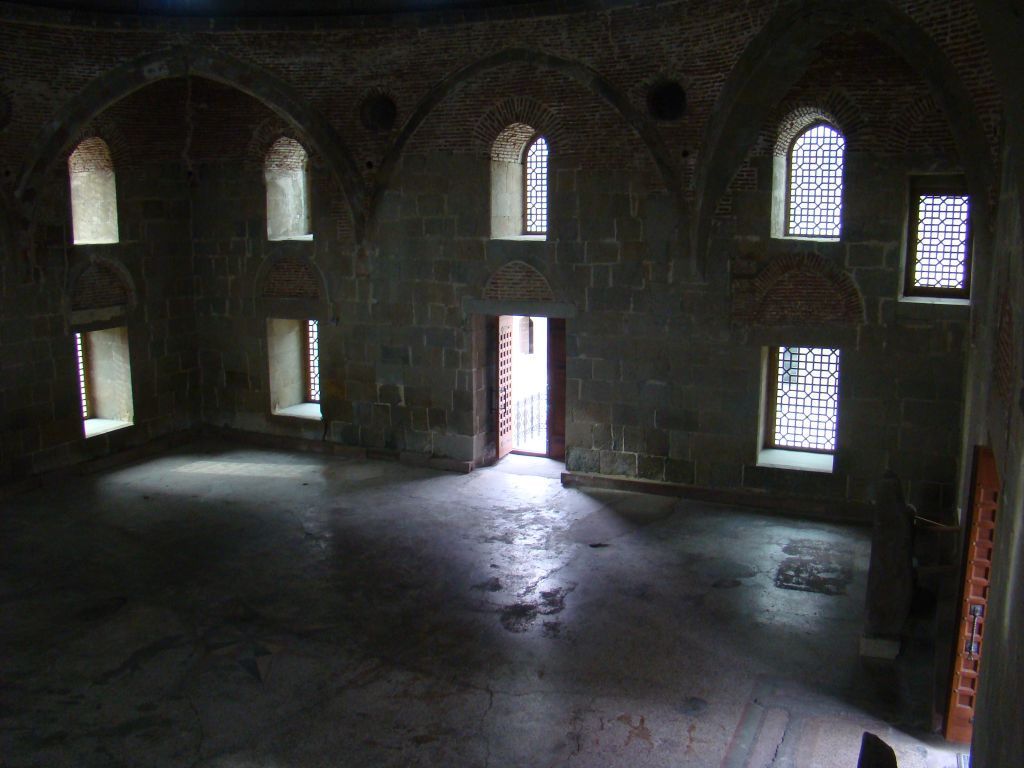 Inside view from Rabati cathedral