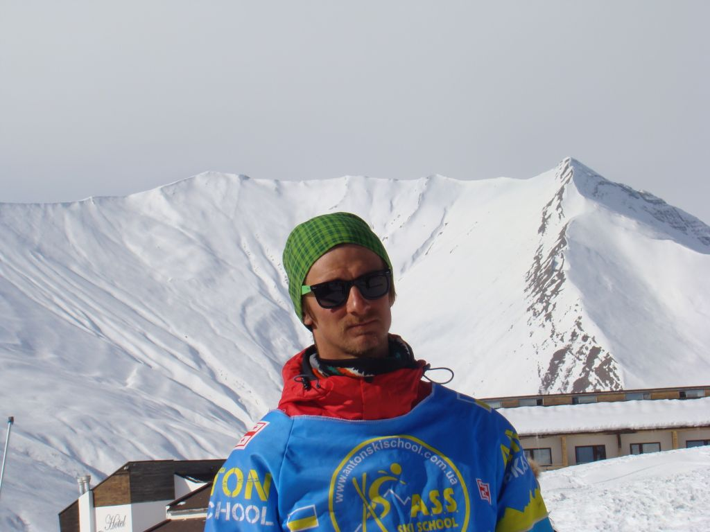Skiing instructor at Gudauri