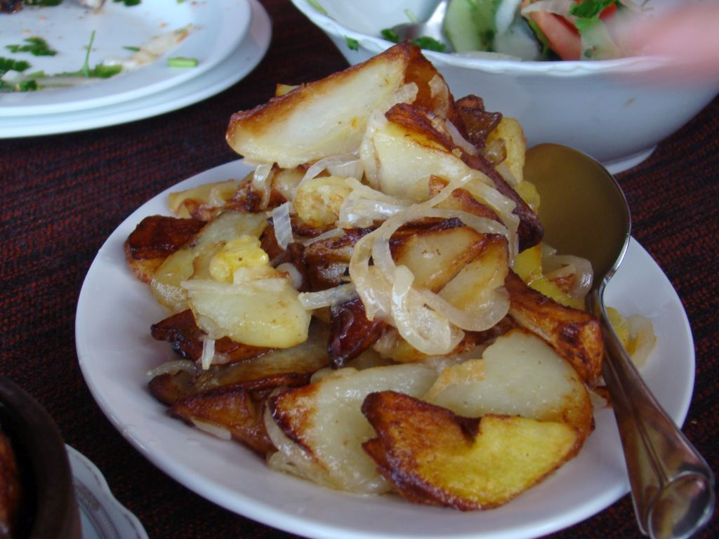 Home style fried potatoes with onions