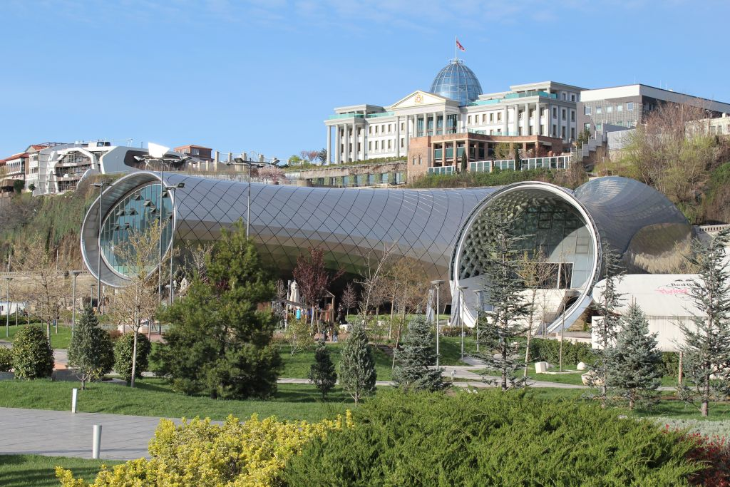 Building that was meant to became a Tbilisi Philharmony