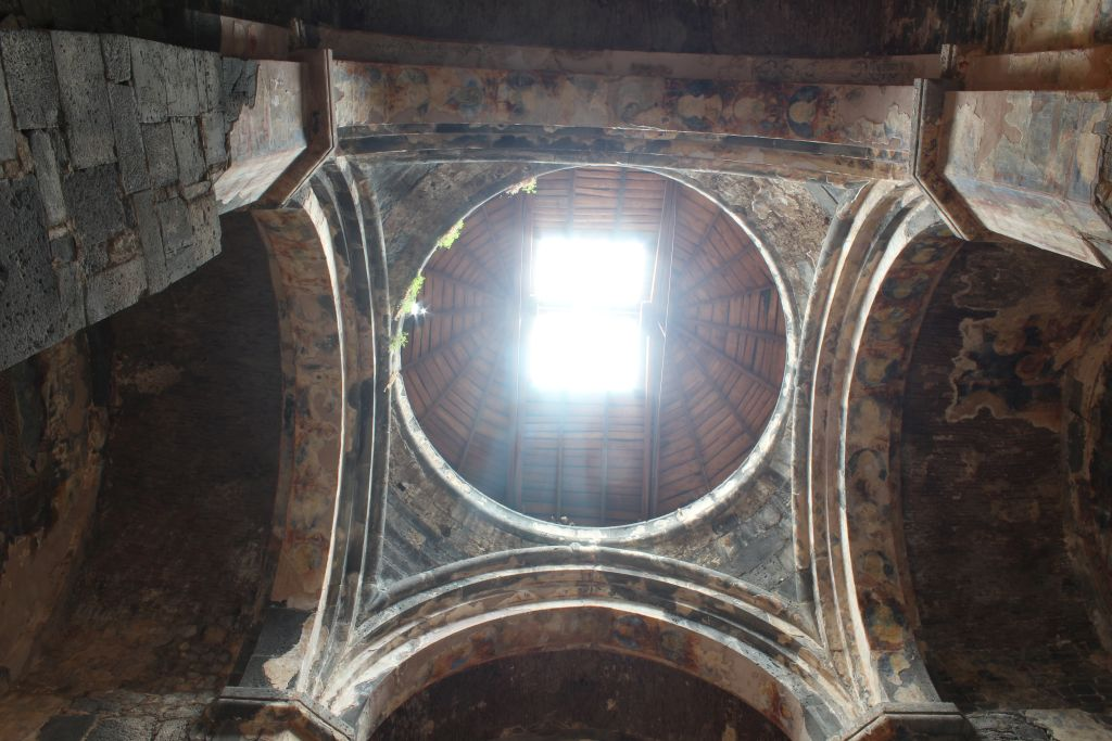 Dome inside Akhtala church
