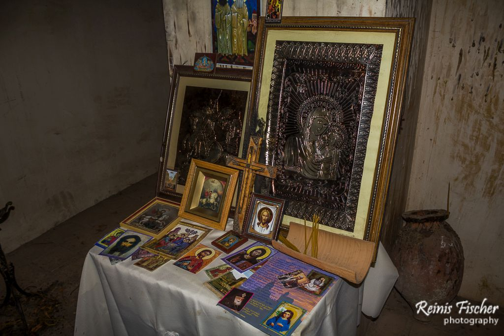 Prayers corner inside Dzveli Shuamta church