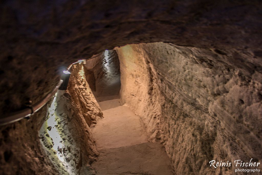 Secret tunnels at Vardzia Cave town