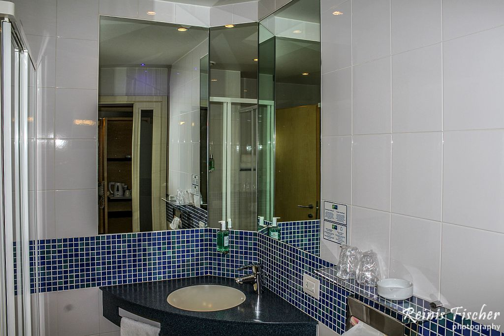 Simple bathroom with shower