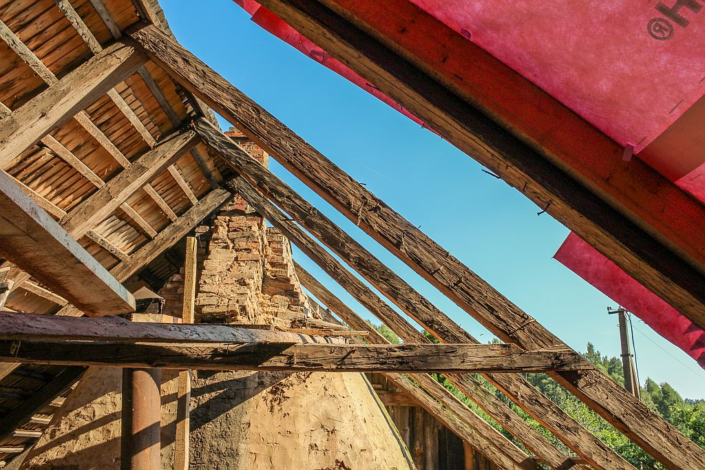 Cleared beams from the top to the bottom