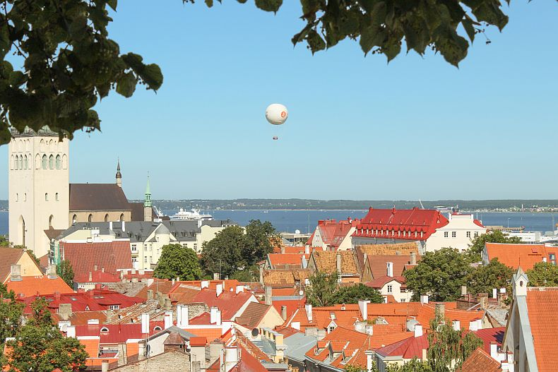 Air balloon flying over Tallinn
