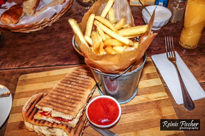 French fries and panini set