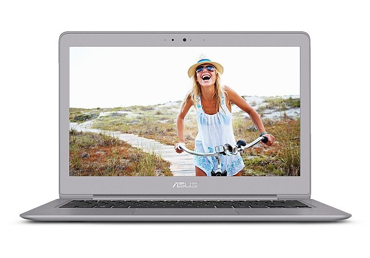 ASUS ZenBook UX330UA-AH54 13.3-inch Ultra-Slim Laptop (Core i5 Processor, 8GB DDR3, 256GB SSD, Windows 10) With Harman Kardon Quad Speakers, Backlit keyboard, fingerprint