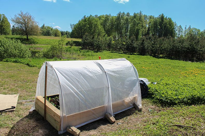 Attaching greenhouse film