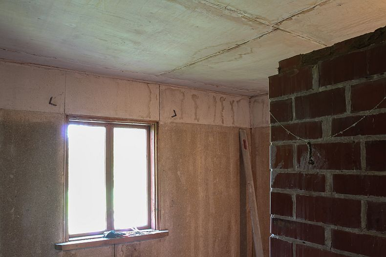 Ceilings and walls before paint job