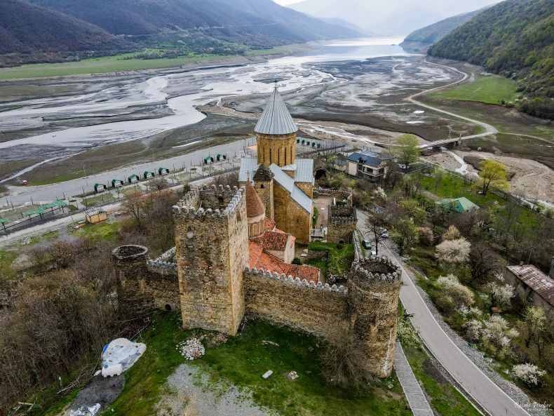 Ananuri castle complex and Aragvi river in Georgia