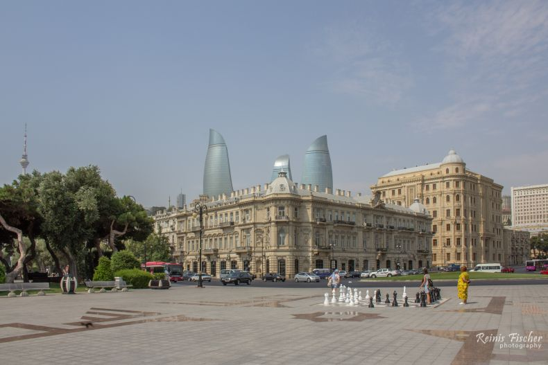 At main entrance in Baku boulevard