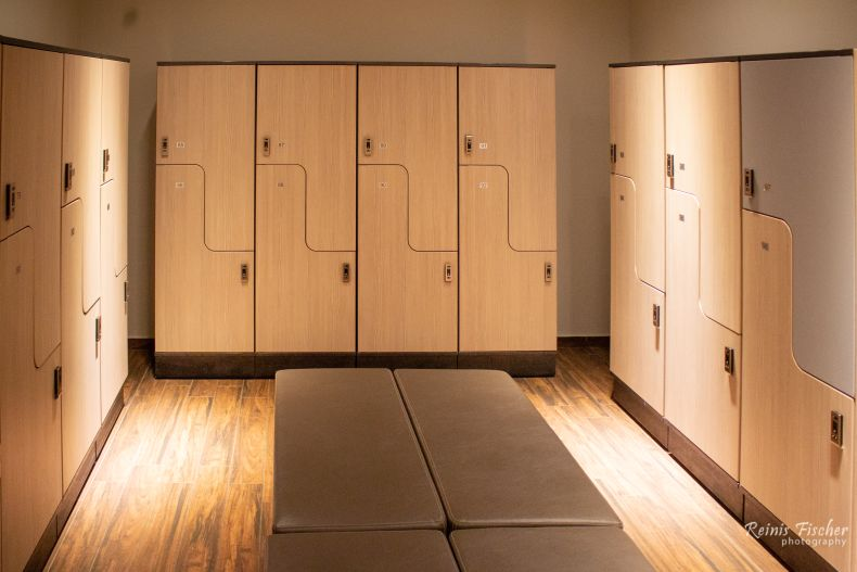 Lockers at the SPA center