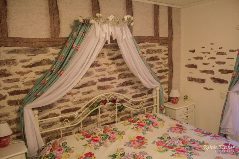 Rose bedroom